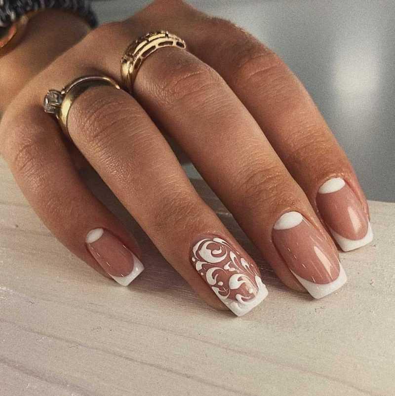 beige-nail-118