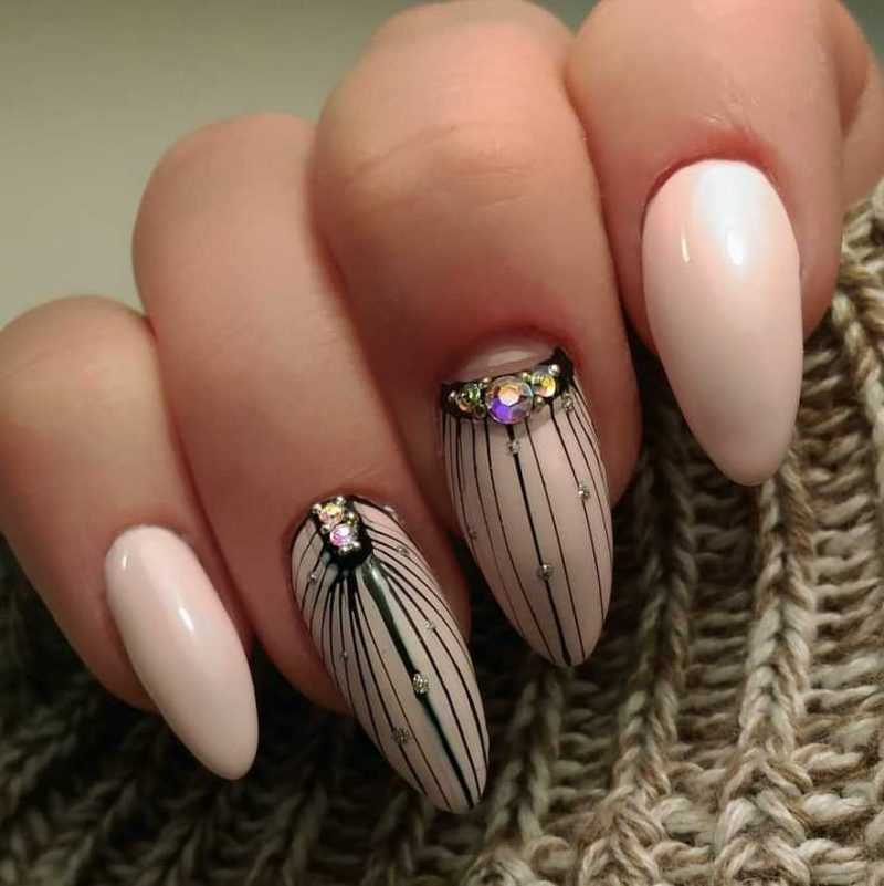 beige-nail-66