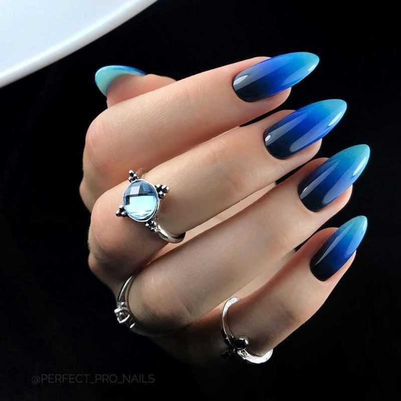 black-nails-102