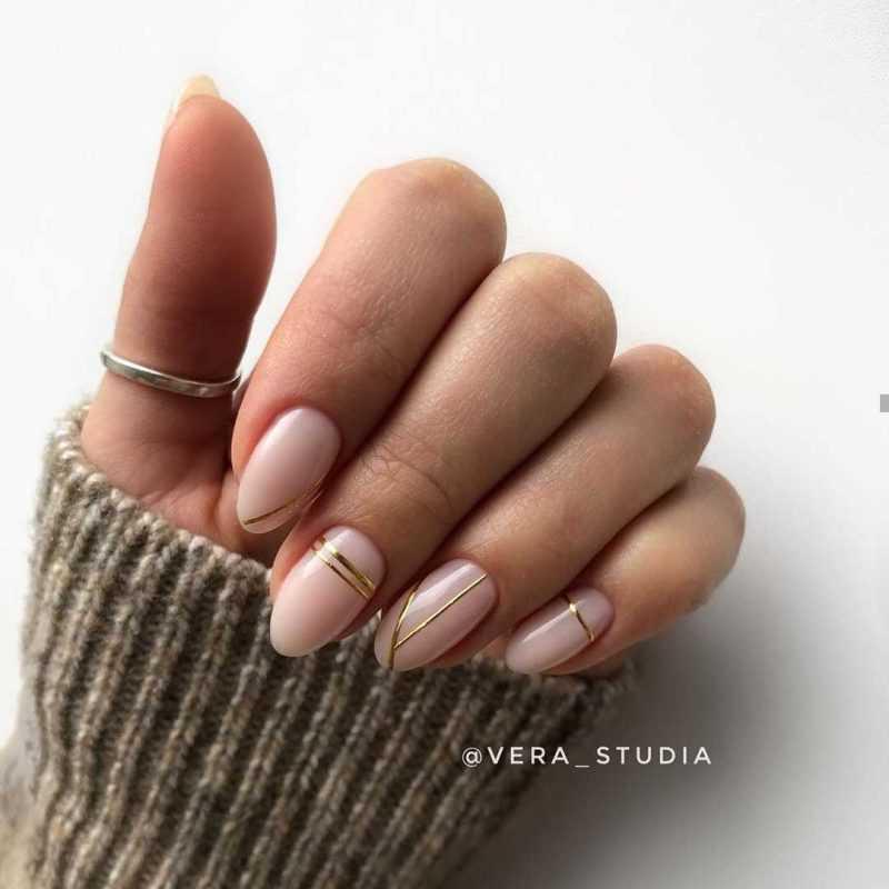 beige-nail-60
