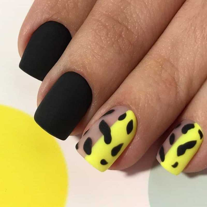 black-nails-84