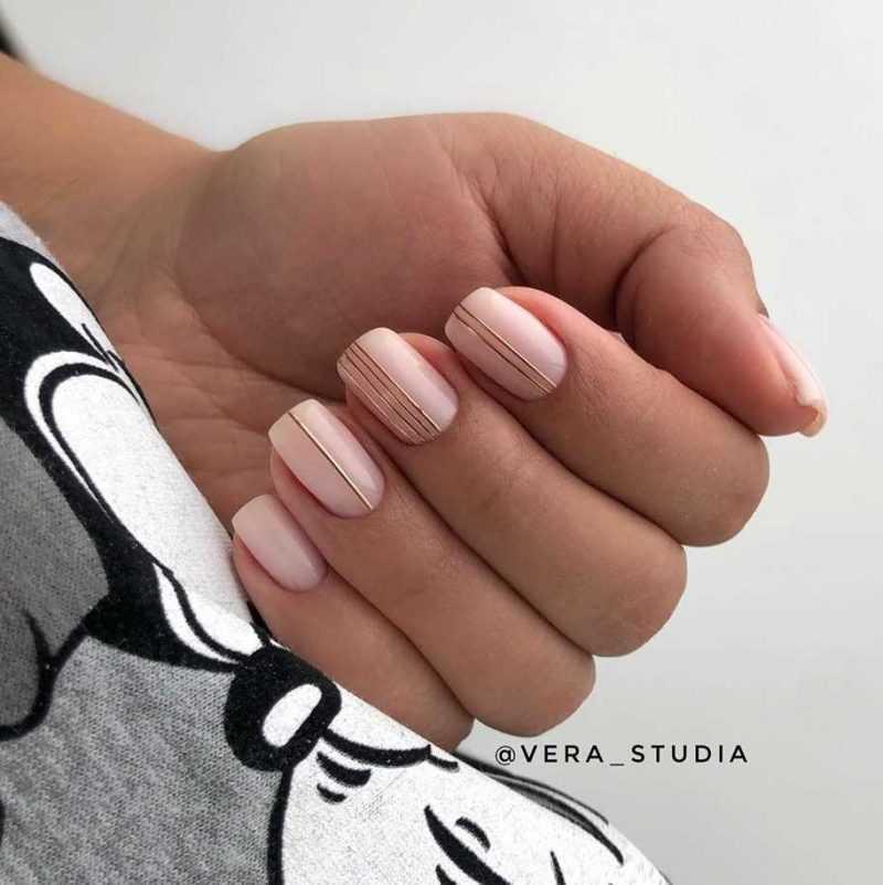 beige-nail-61