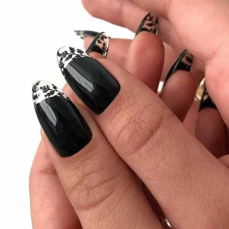 black-nails-145