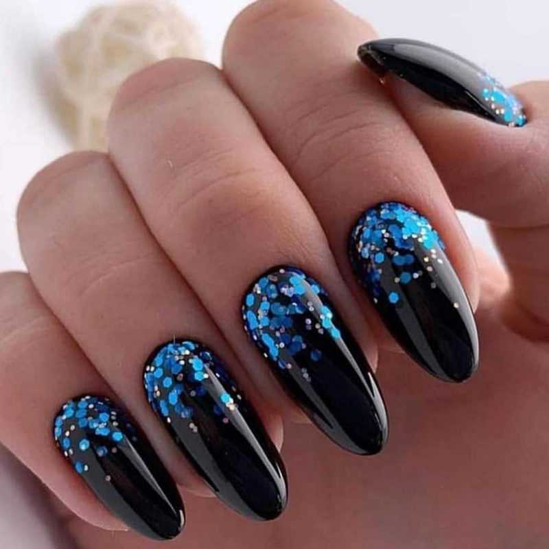 black-nails-59