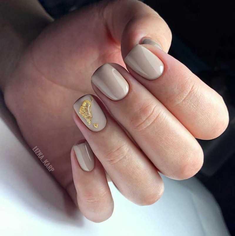 beige-nail-3