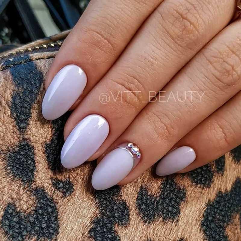 lilac-nail-28