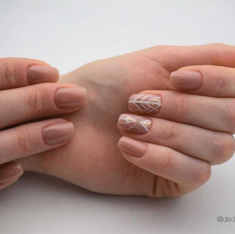 beige-nail-12