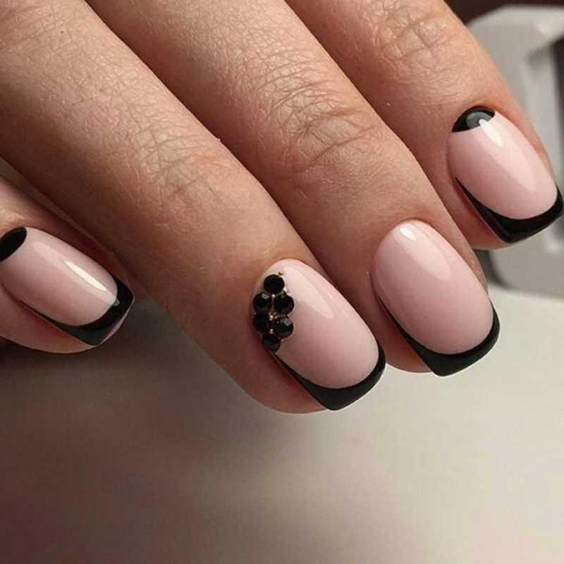 black-nails-77