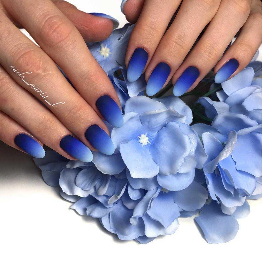 декор миндалевидных ногтей