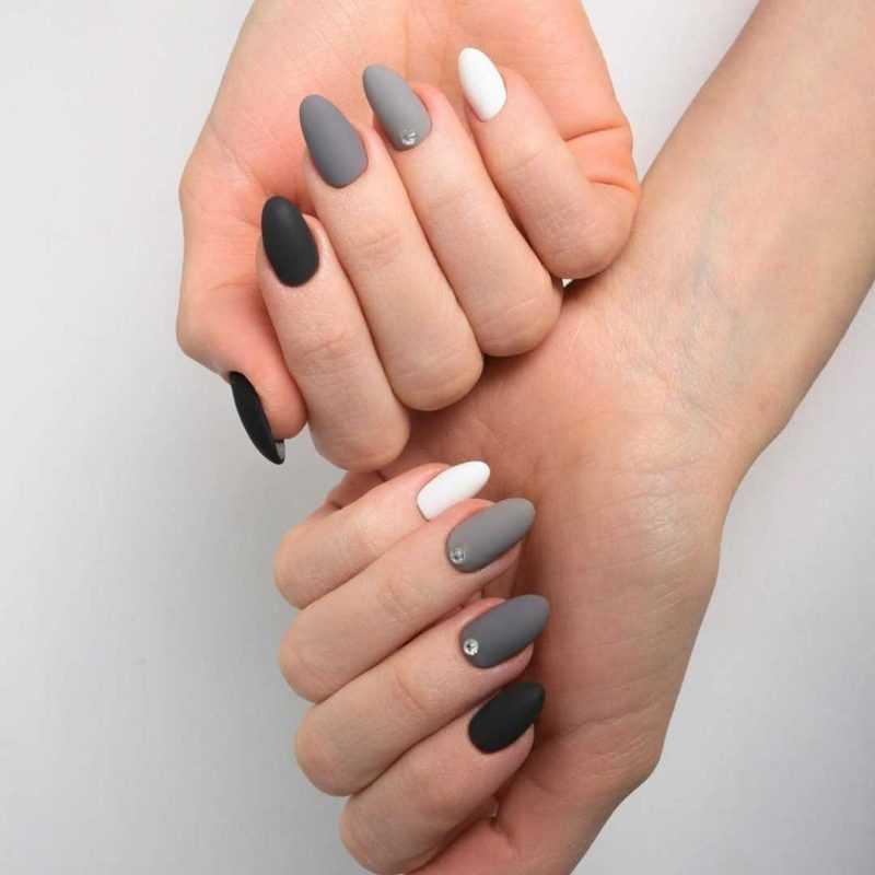 black-nails-96