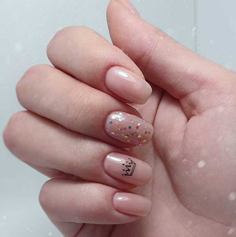 beige-nail-40